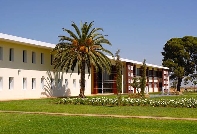 Création Unite de conditionnement Celliers de Meknes bâtiment exterieur Maitrise d'oeuvre viticole INGEVIN